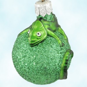 Breen Miniature Chameleon St Patricks Day Green Ornament